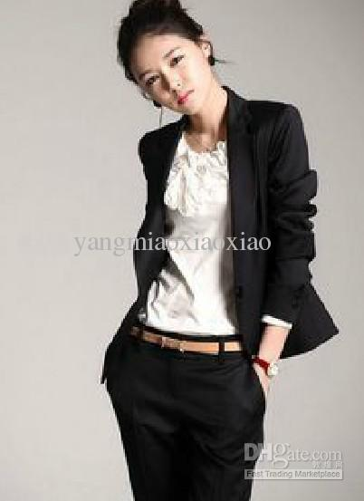 Women a casual top with a cute blazer definitely shows character and